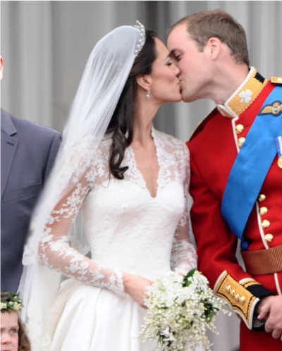 royal_wedding_magic_kiss.jpg